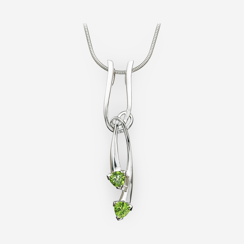 Knotted silver peridot drop pendant crafted from 925 sterling silver.