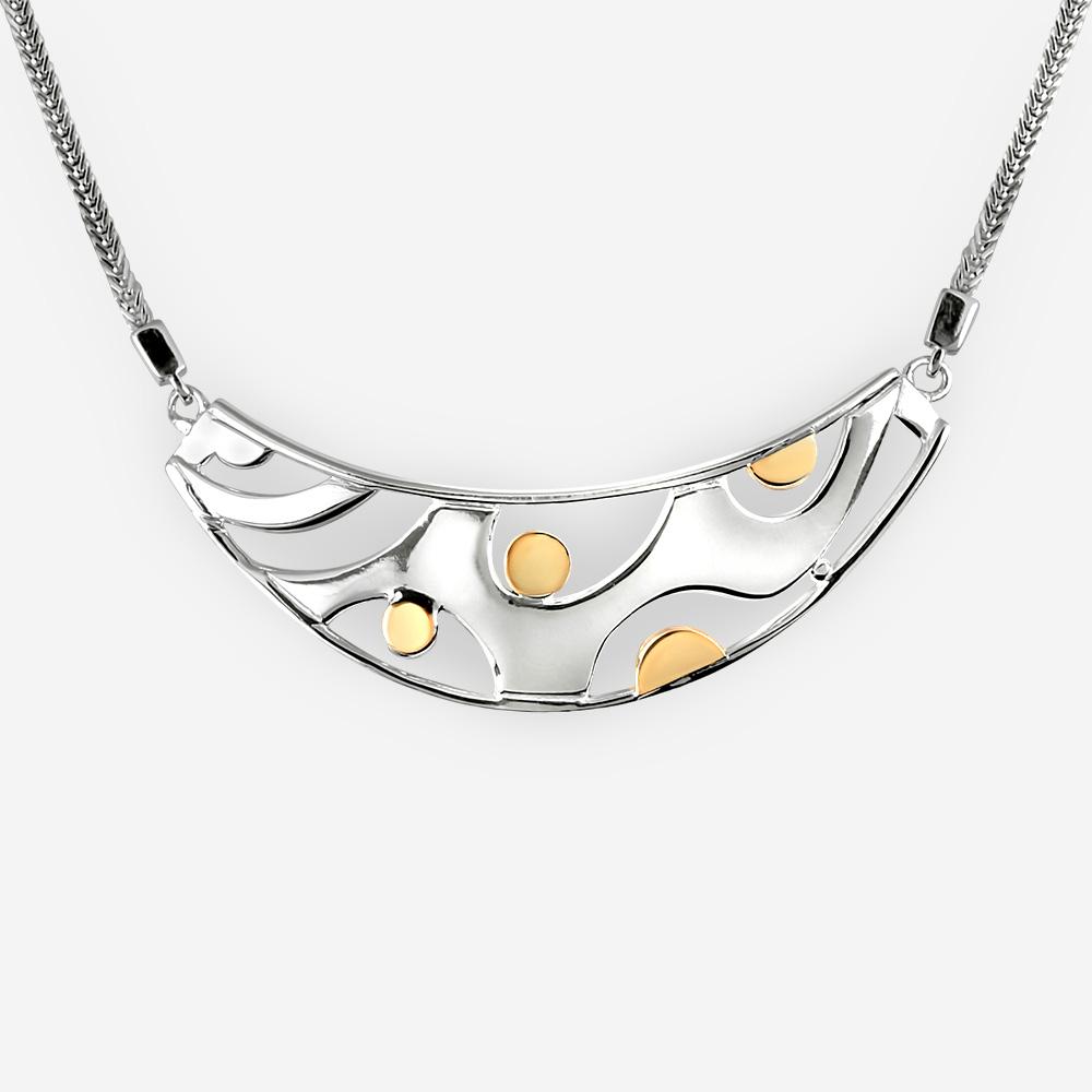 Collar de plata moderno hecho a mano de la plata fina .925 y con los puntos de oro de 14k.