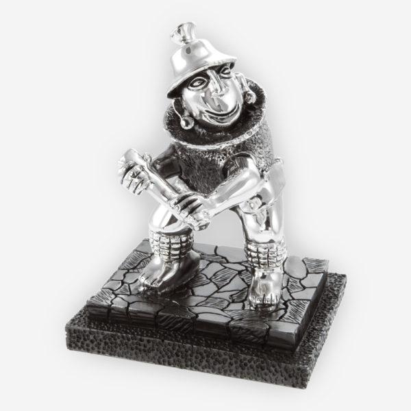 Escultura Pre-hispánica en Plata de un Jugador de Beisbol, hecha mediante proceso de electroformado.