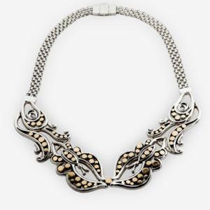 Collar de mariposas de plata.925 y oro14 kt con muchos detalles bonitos en oro.