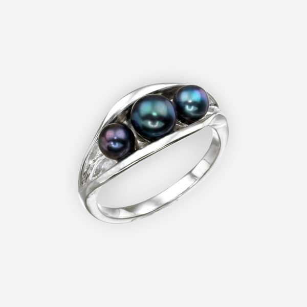 Silver pea pod ring crafted from 925 sterling silver and set with black pearls.