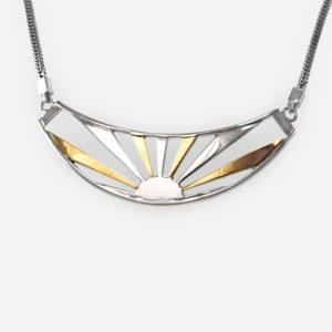 Espléndido Collar Realizado en Plata .925 con incrustaciones de Oro 14kt. Inspirado en la Puesta del Sol.