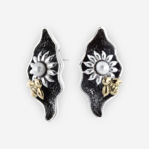 Aretes de Plata oxidada, con diseños florales, perlas y oro 14k