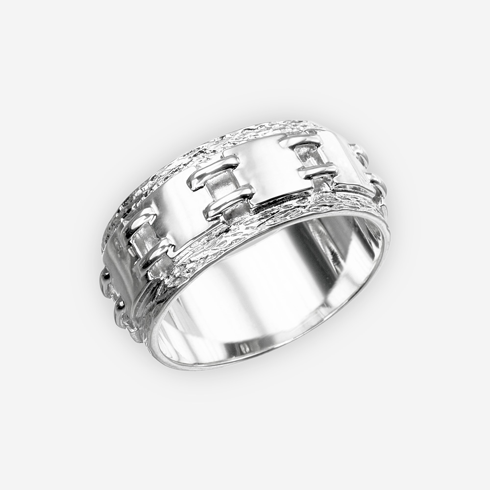 Unisex sterling silver chain link ring with polished and textured finishes.